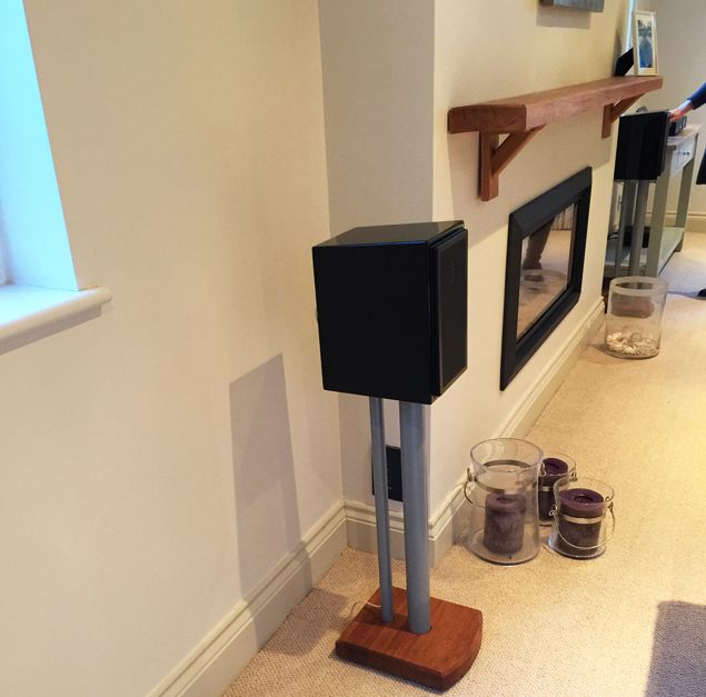 They Paired The UnitiLite With Small But Perfectly Formed Martin Logan Motion 15 Bookshelf Speakers