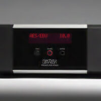 Mark Levinson No.5206 & No. 5302 Pre - Power amplifier coming soon