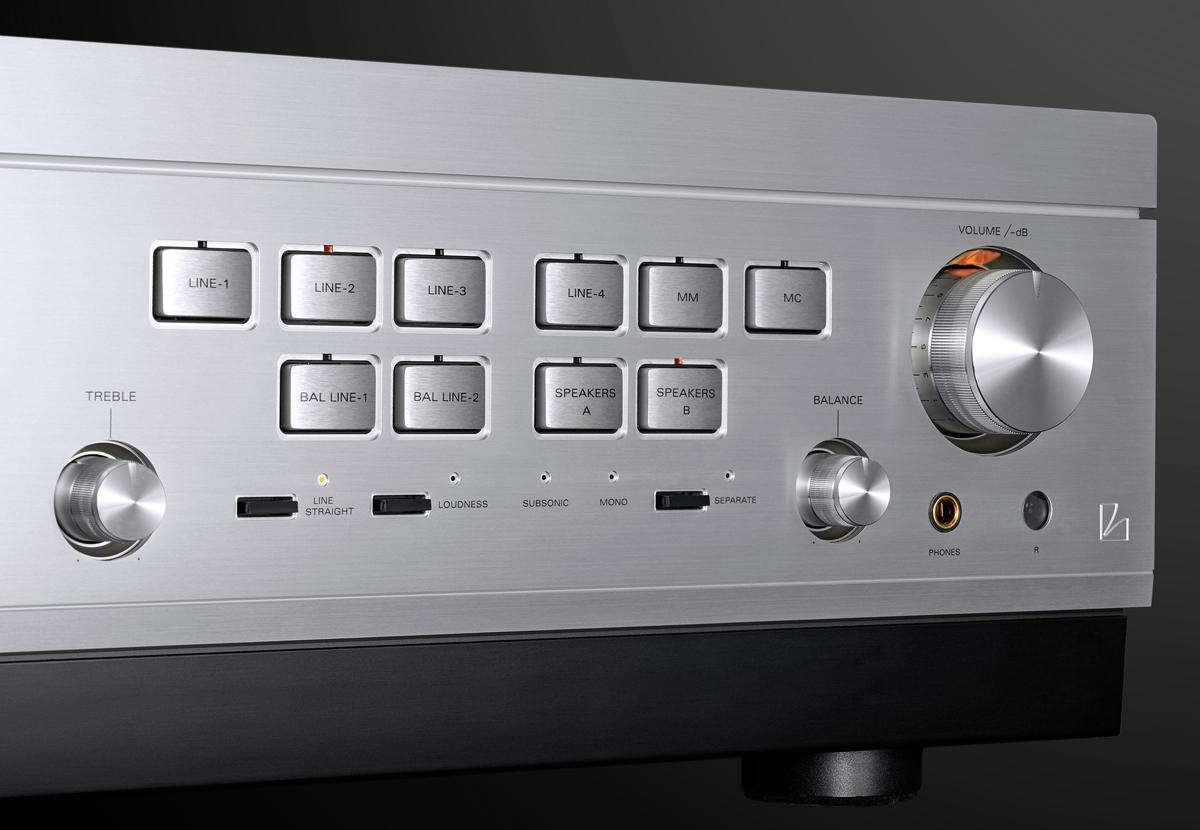 Luxman L-595A Special Edition Controls